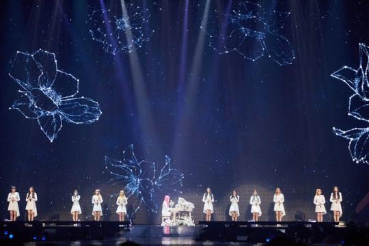 IZone successfully ends first solo concert since debut